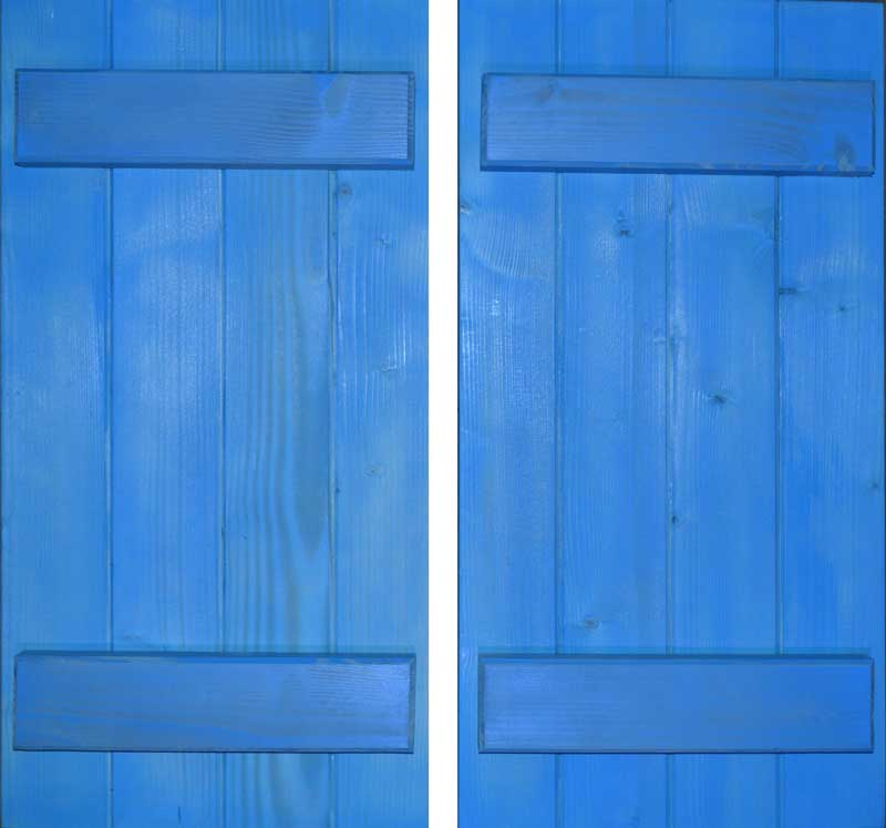 wallybois-shutter-pair-blue-ledge-01