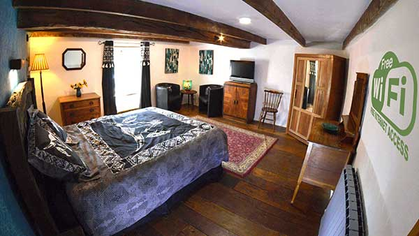 lepresdebouyerie bed and breakfast on Airbnb